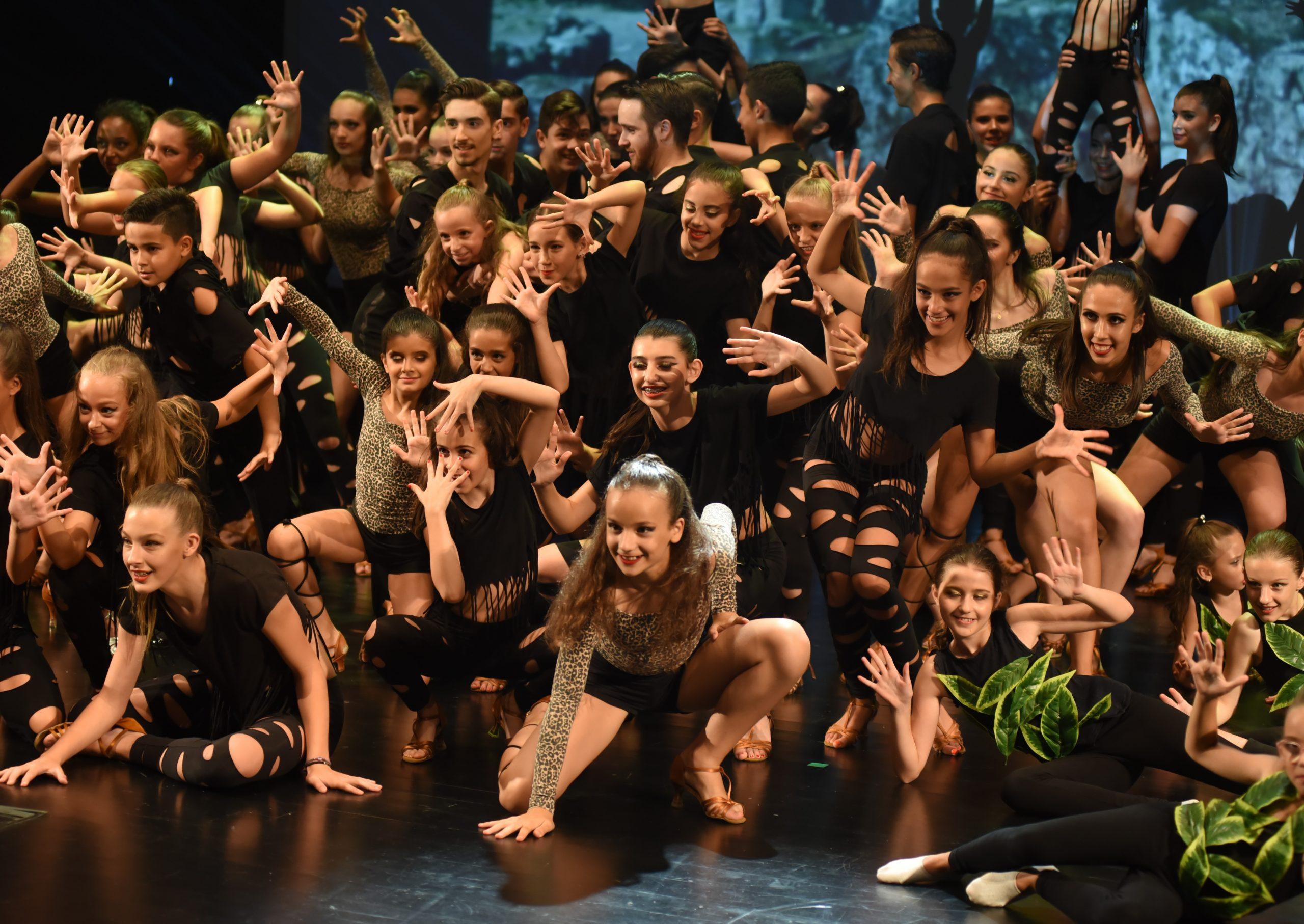 dança em grupo